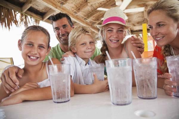 Family dining in Port Aransas