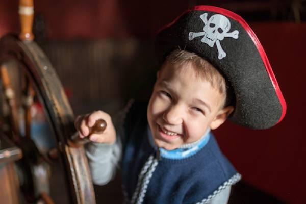 kid enjoying pirate ship cruise